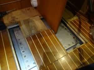 Zugang zum Frischwassertank auf dem Boot