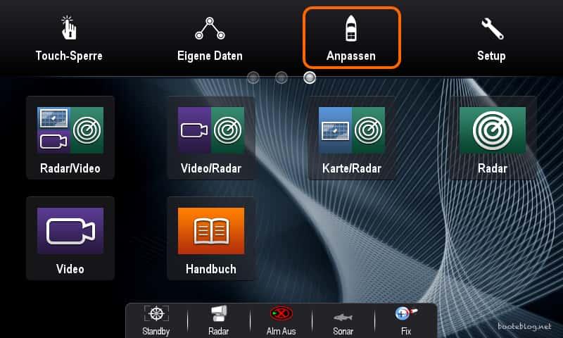 Eine weitere Startseite mit Anwendungen, teilweise im Splitscreen auf meinem Raymarine MFD.