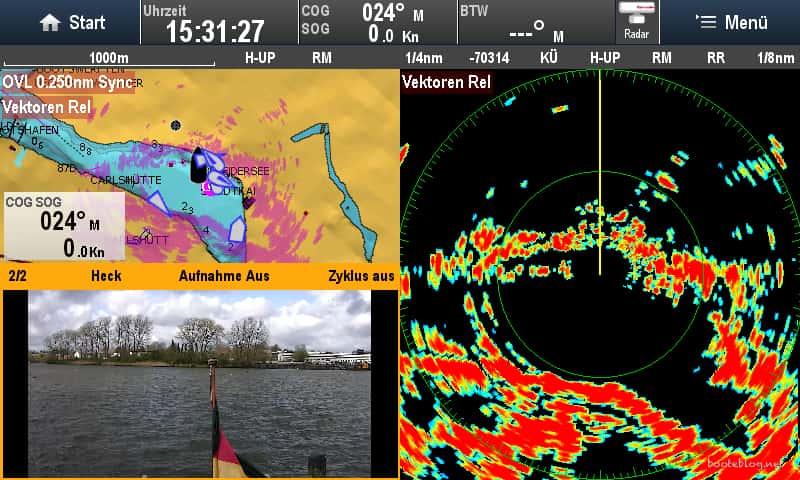 So kann es aussehen: Drei Anwendungen gleichzeitig auf einem Raymarine MFD: Karte mit AIS und Radar, Radar alleine und Rückfahrkamera.