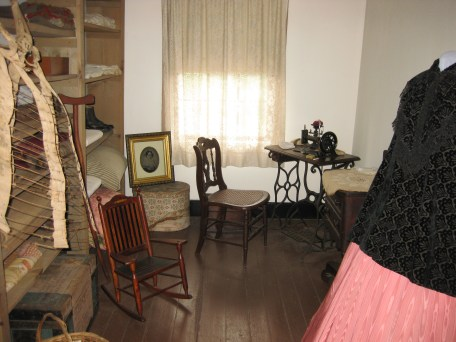 Surratt sewing room