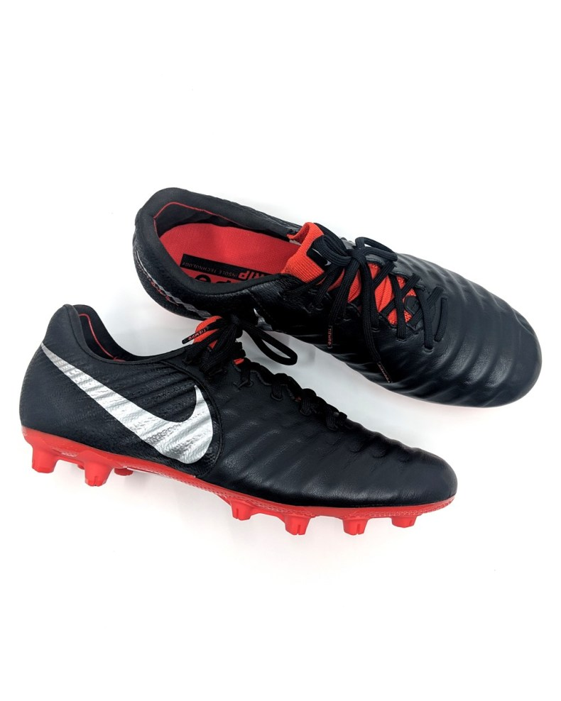 experimental Increíble Encarnar  Tough leather boot that needs breaking in - Review: Nike Tiempo Legend 7