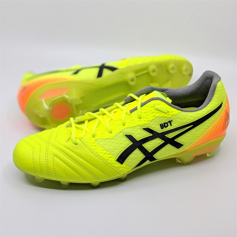 ASICS Ultrezza AI