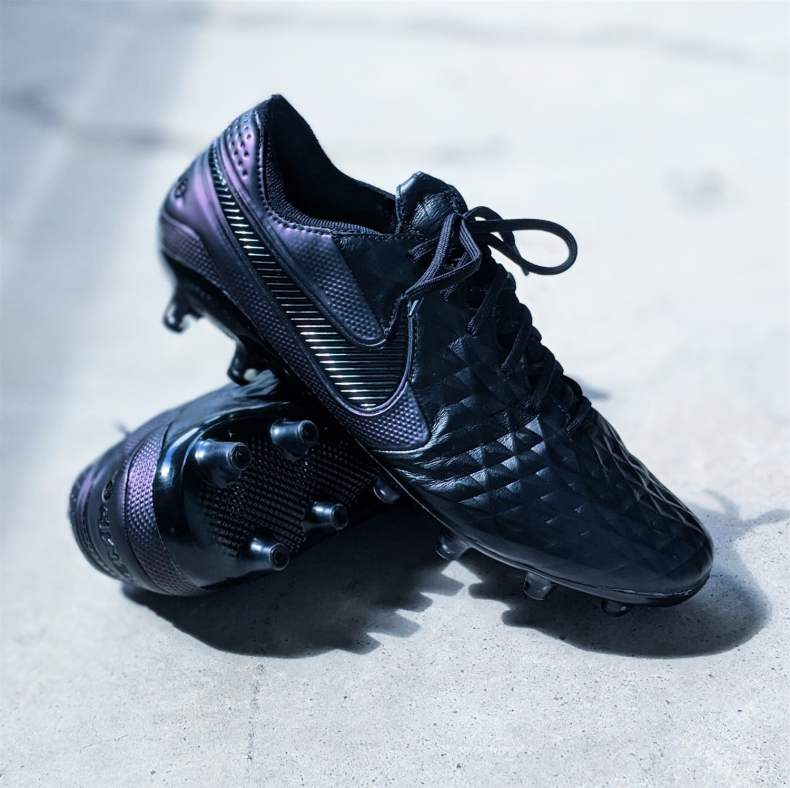Nike Tiempo Legend 8 Elite football boots soccer cleats