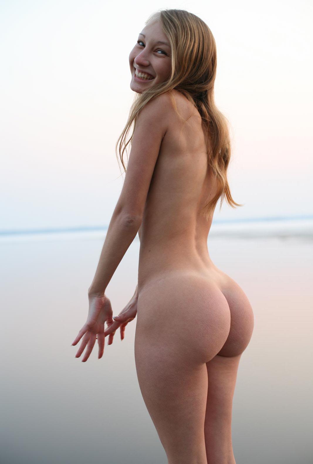 Skinny Big Tits Big Ass