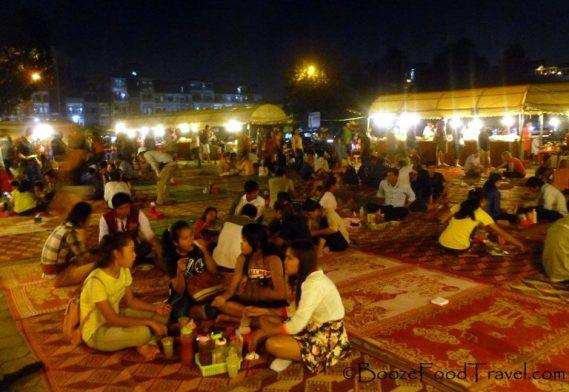 phnom-penh-night-market