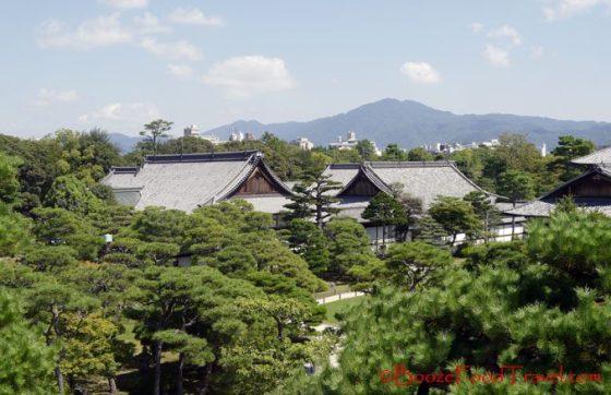 Overlooking Honmaru Palace