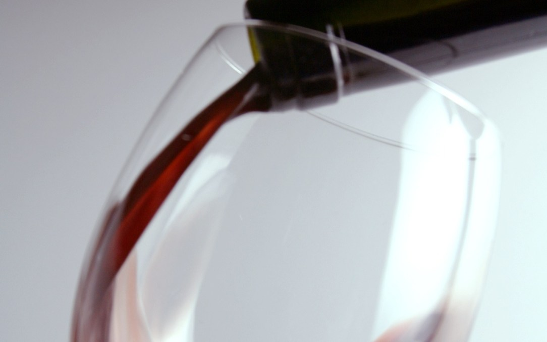 Glass of wine: drinking habits and getting medical help about How-to stop drinking