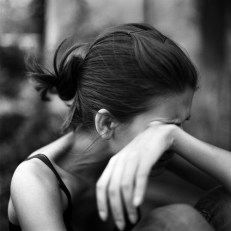 Woman crying The grief before Going to rehab to stop drinking alcohol