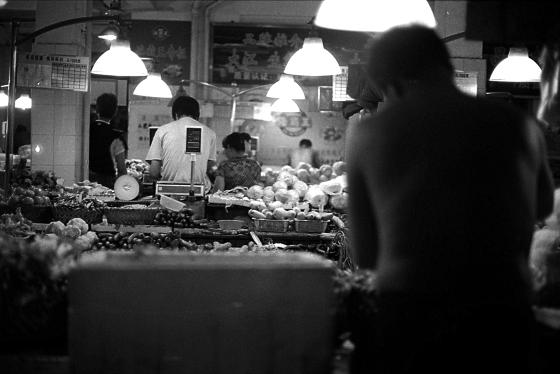 夜20:55 - night market