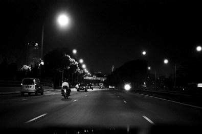 Singapore-Night_cabdrive-200801