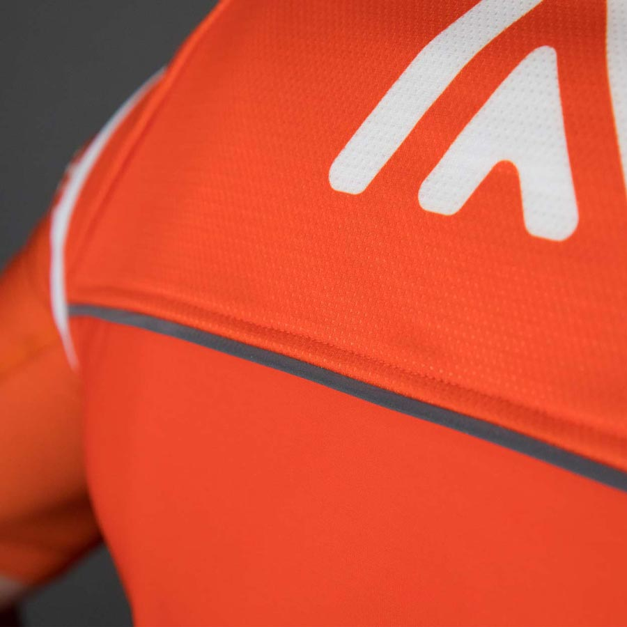 OTW Thermal Cycling Vest Detail2
