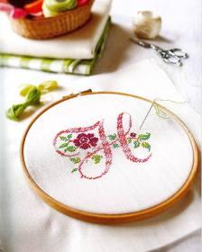 Monograma Grande com Rosa e Folhas