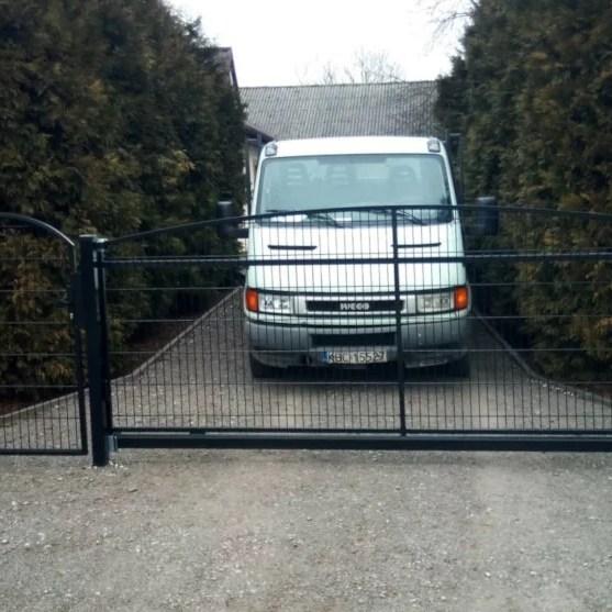 ogrodzenie-panelowe-lukowe-ogrodzenia-border-ogrodzenia-alugate-FACC-ogrodzenie-panelowe-panele-3D-1-1