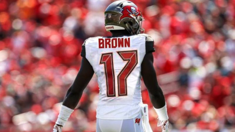 Antonio Brown Set To Return To NFL After Agreeing To A 1-Year Deal With The Buccaneers