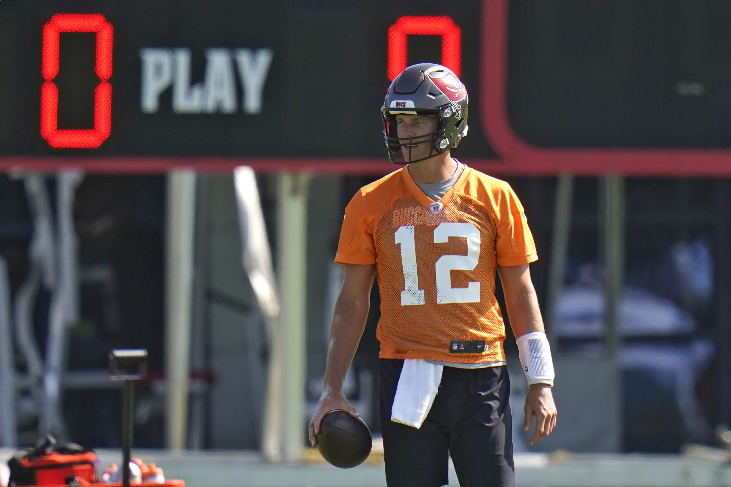 Bucs Offense A Work In Progress As Camp Continues