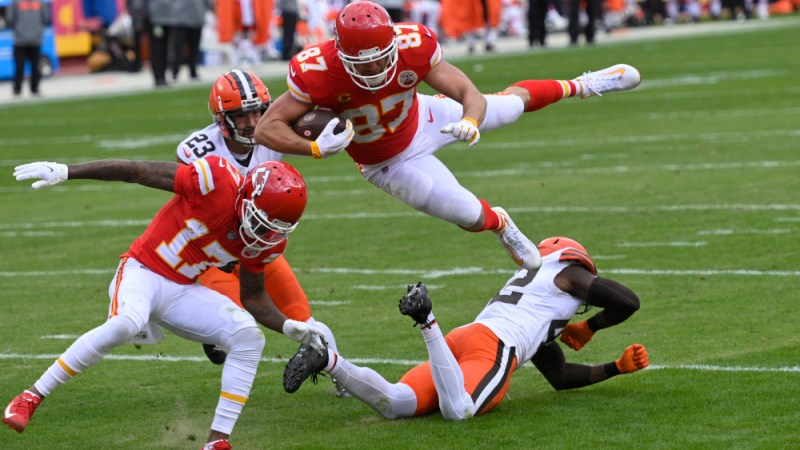 Mahomes Under 300 Yards? Helaire Over 100+ Yards? Chiefs' Stat And Score Predictions For Week One