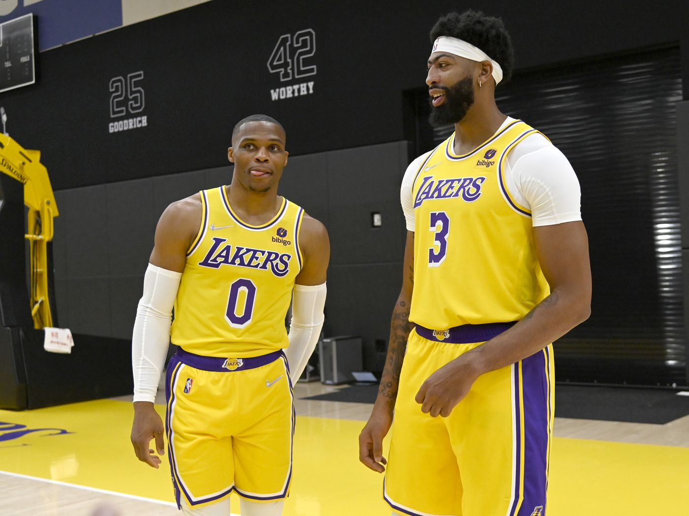 The Lakers Will Implode By Midseason