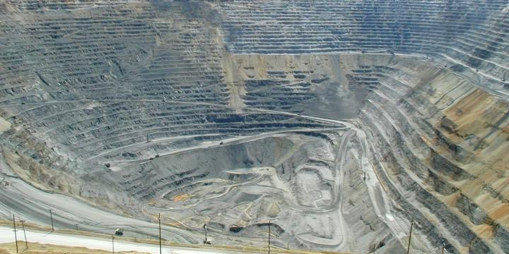 bingham-canyon-mine-in-utah-is-the-largest-human-excavation-on-earth.jpeg
