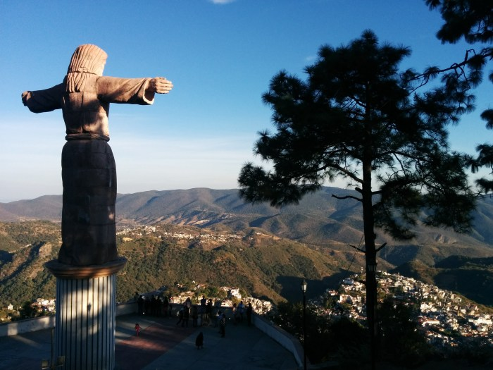 Christ statue Taxco