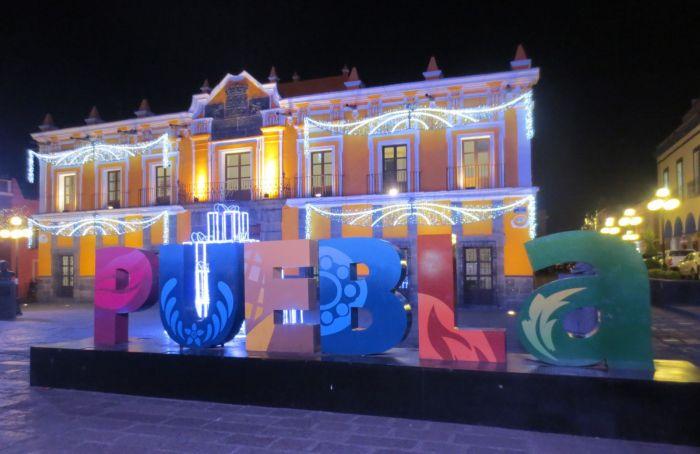 Puebla sign