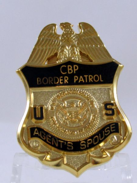 CBP AGENT'S SPOUSE PIN - Pins / Charms