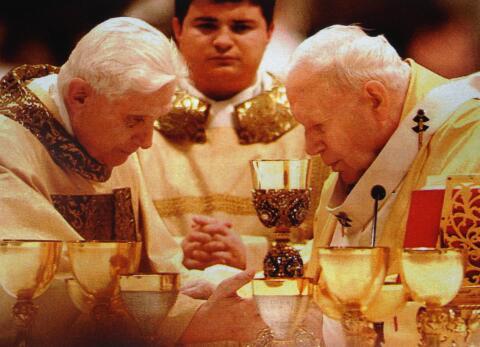 Tras 600 años, renunció un Papa ¿Qué pasó con el anterior?