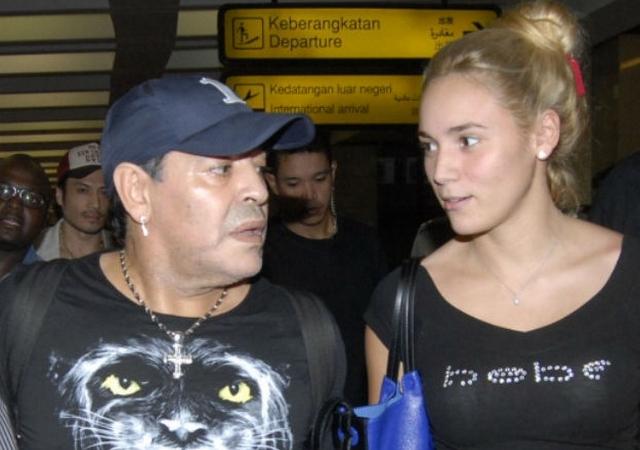 Ahora parece que la Rochi se merece los golpes (o como los medios justifican la violencia de Maradona)