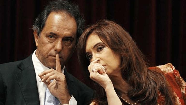 Los 10 errores de la campaña de Scioli