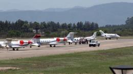 Aviones privados en el aeropuerto jujeño por el acto de Cambiemos.