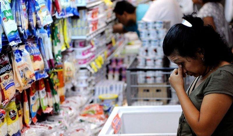 ¿Por qué el Gobierno dice que la inflación está bajando si los precios siguen subiendo?