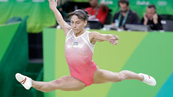 La gimnasta más veterana que participó en siete JJOO.