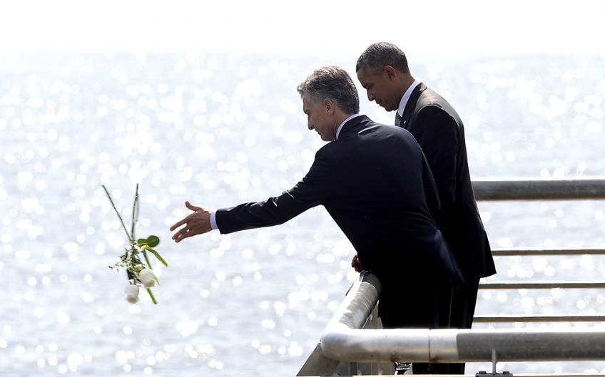 Macri, con Obama, en el Parque de la Memoria.