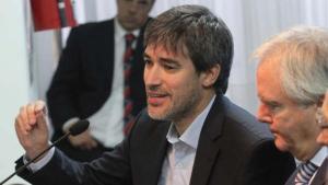 El secretario Adrián Pérez.