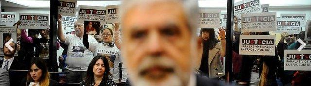 La épica foto de De Vido en el juicio, trabajo del reportero gráfico Pedro Lázaro Fernández, para Clarín.
