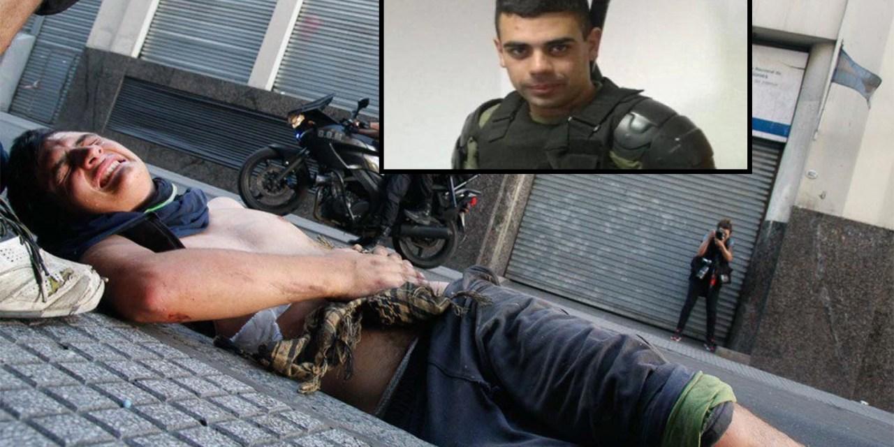 Los mensajes con los que se intentó encubrir al policía que atropelló a una persona en las protestas del Congreso