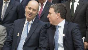"""""""Fede"""" y """"Nico"""", dos funcionarios en medio de la tormenta del dólar."""