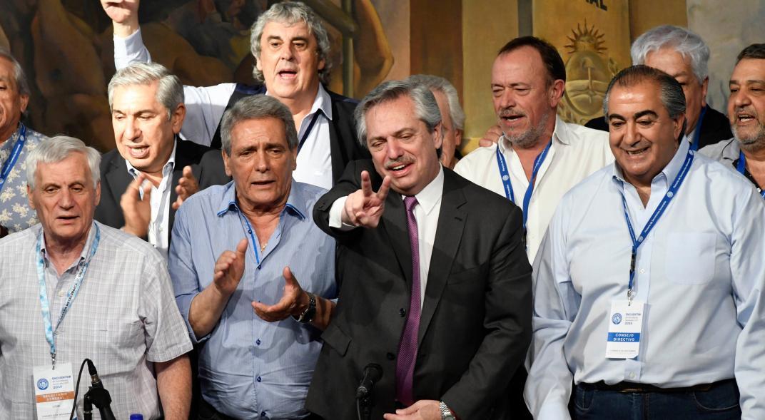 No sólo los presos políticos: la continuidad de las low cost tiene su propia grieta en el gobierno