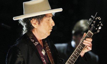 En una nueva versión de sí mismo, Dylan presenta su última obra maestra.