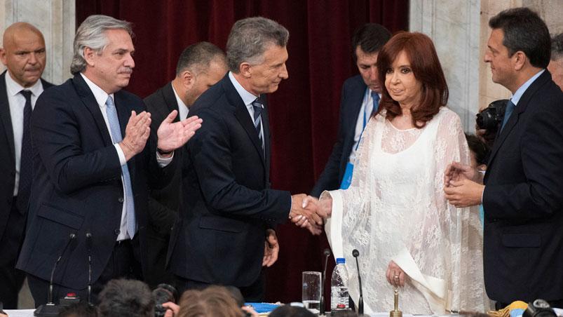 ¿Purga de macristas? El Gobierno recortó casi 3000 puestos desde el inicio de la gestión Fernández