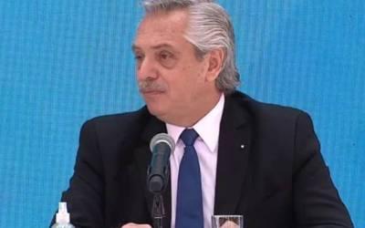 Alberto Fernández: «Los mexicanos salieron de los indios, los brasileños salieron de la selva, pero nosotros los argentinos llegamos en barcos desde Europa»