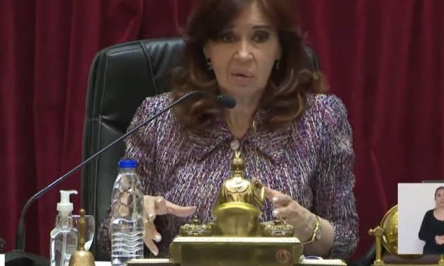 «Parecen gallinas»: la chicana de Cristina Kirchner a los senadores de la oposición