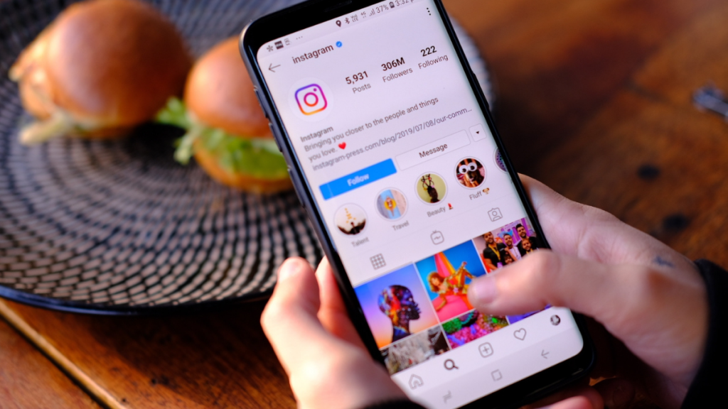 how to contact instagram support