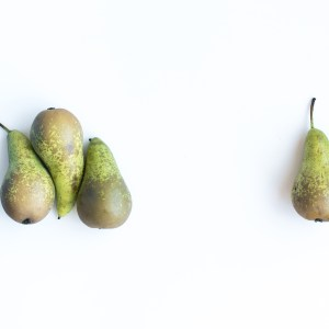 foodiesfeed-com_pears-white-background