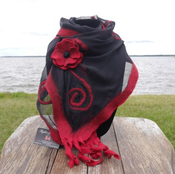 scroll scarf with poppy