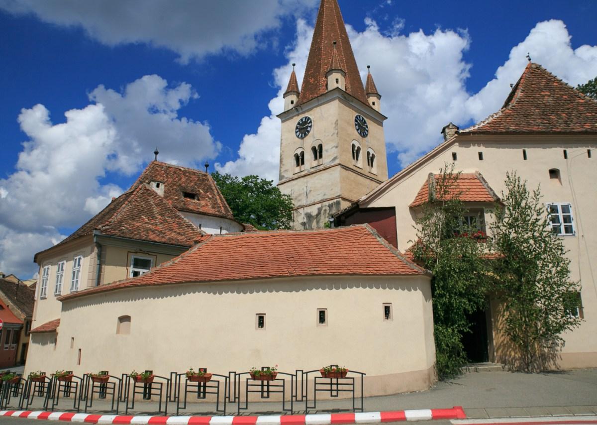 Cisnadie – fortified church near Sibiu