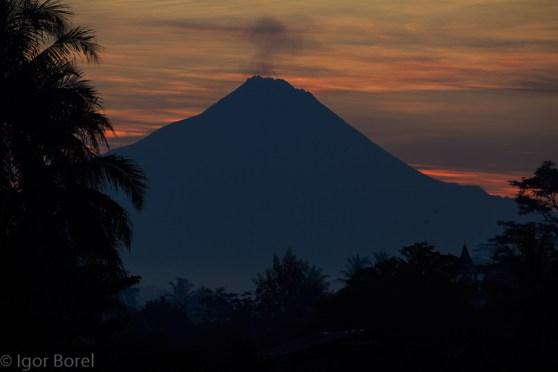Mt. Merapi, 2.914m