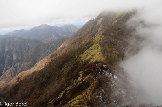 Tanzawasan 丹沢山, 1.673 m