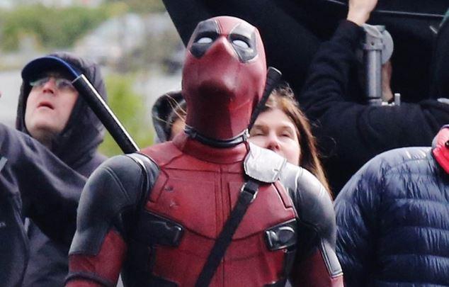 Deadpool looking up