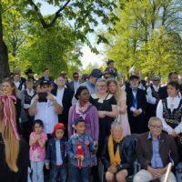 Publikum langs ruta da Borge Musikkorps spilte på 17. 6ai 2017