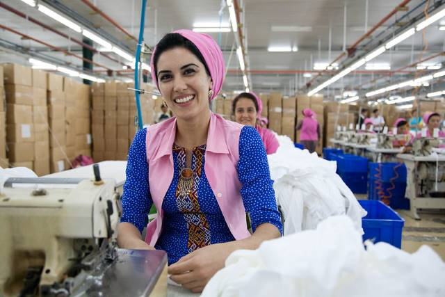 sustainable brands fighting poverty